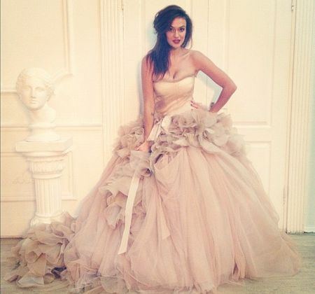 Алена Водонаева выбрала свадебное платье - Аргументы в Ижевске