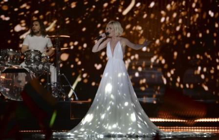 Полина Гагарина пробилась в финал конкурса 'Евровидение'