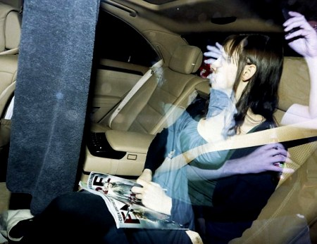 Фотографии брюнеток в машине