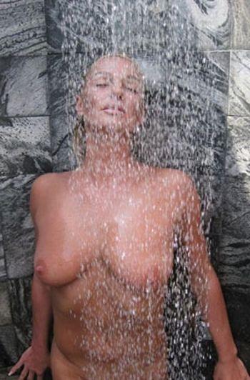 Порно с девушкой с маленькой грудью русская