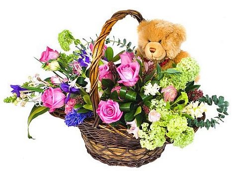Фото корзин с цветами и игрушками